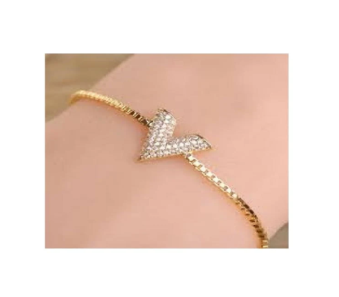 b095a1b03911b Women s Fashion    Fashion Accessories    Jewellery    Golden V Design  Chain Bracelet For Women - Savers.pk - Everything you are looking for!